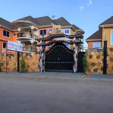 MAZUBU GRAND HOTEL MERERANI MANYARA