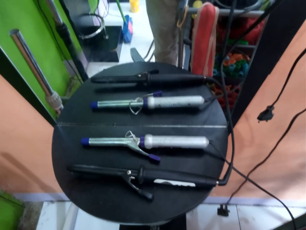 Vifaa vya Saluni / salon Equipments