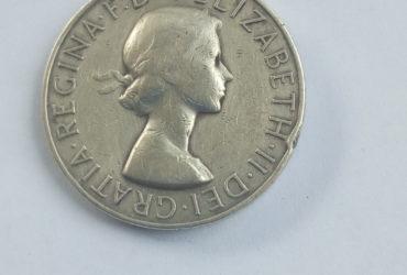 REGINA.F:D:+ELIZABETH.II. DEI .GRATIA . MEDAL
