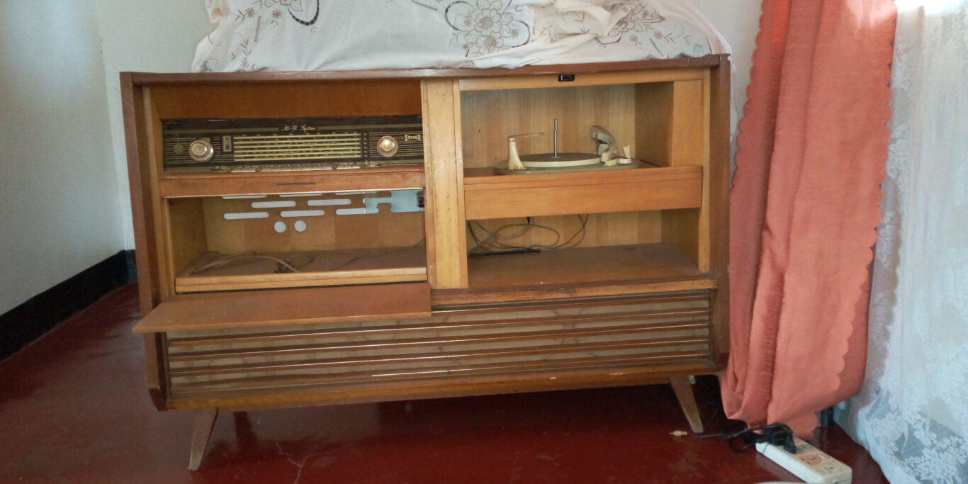 Vintage Music system – Still working